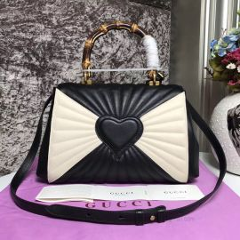 Gucci Queen Margaret Medium Top Handle Bag Black And White 476531