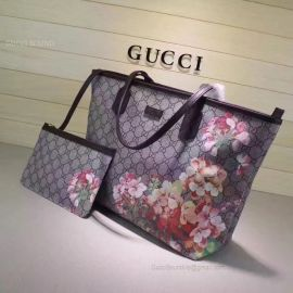 Gucci Blooms GG Supreme Shopping Bag Gray 405020