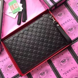 Gucci Leather Pouch Black 495066