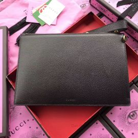 Gucci Leather Pouch GG 495066