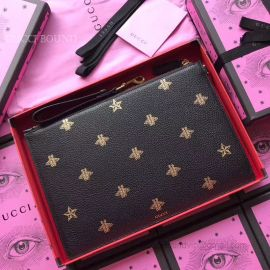 Gucci Bee Star Leather Pouch Black 495066