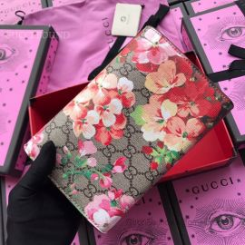 Gucci Dionysus GG Blooms Supreme Chain Wallet Red 401231