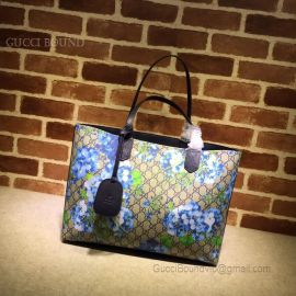 Gucci Reversible GG Blooms Medium Tote Blue 368568